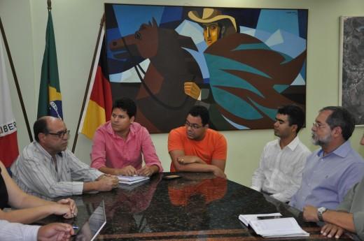 O vice-prefeito e secretário municipal de Saúde, Dr. José Roberto Corrêa, afirmou que o repasse é de suma importância