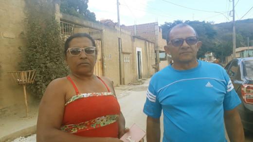A líder de bairro Maria Aparecida e o vice-presidente da Associação dos Moradores, Sebastião da Silva, aprovaram o trabalho realizado pela prefeitura