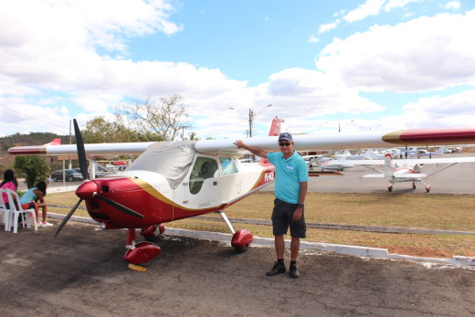 O piloto Oscar José veio de Brasília e ficou maravilhado com o acontecimento