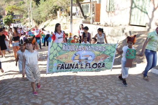 Desfile nas Comunidades Rurais