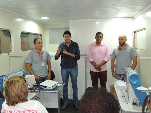 Daniel Sucupira visitou a escola móvel e ressaltou a importância da qualificação da mão de obra no desenvolvimento do municipio