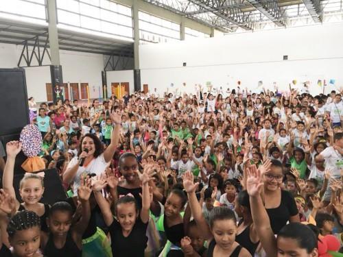 """Ação """"Da Arte do Brincar à Construção da Cidadania"""" leva milhares de crianças ao Expominas"""
